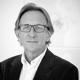 Dr. Eckard Dierlich